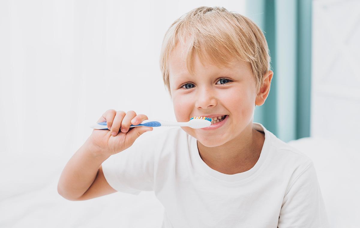 süt-dişleri-neden-daha-çabuk-çürür.jpg